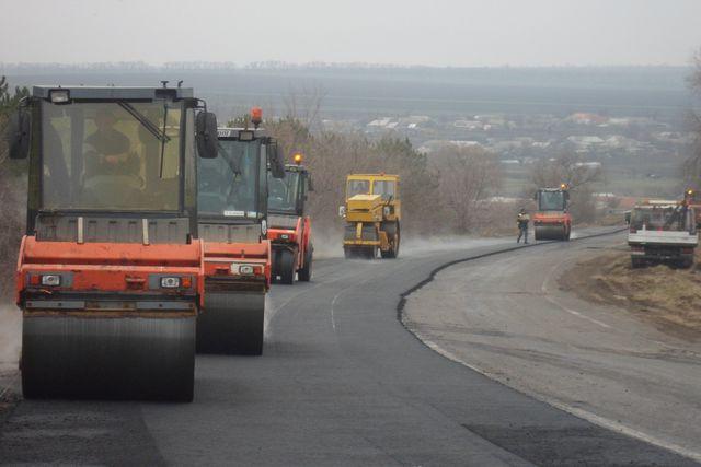 Дорожники приступили к ремонту трассы Виноградовка-Болград