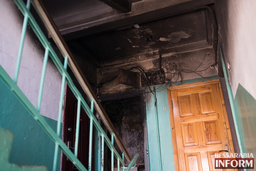 SME_2951 В Измаиле ночью горела квартира: есть погибший (ФОТО)
