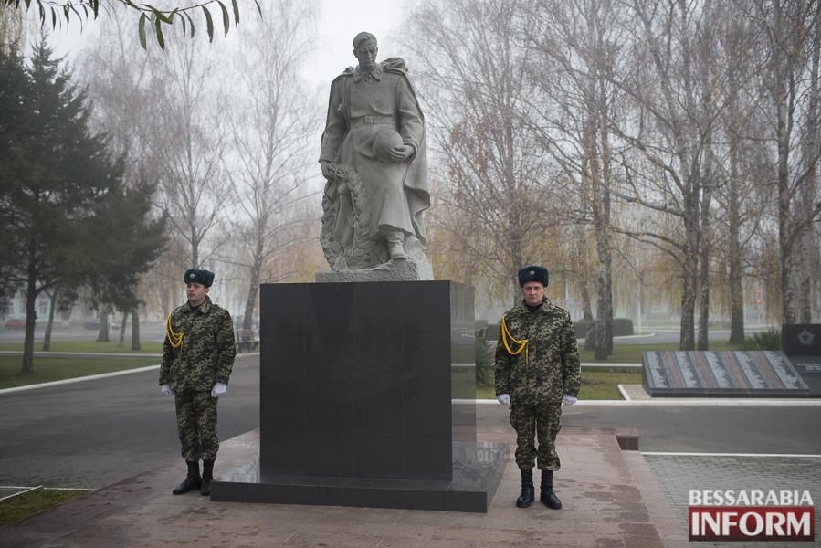 SME_3080 В Измаиле поздравили военнослужащих и почтили память  погибших воинов