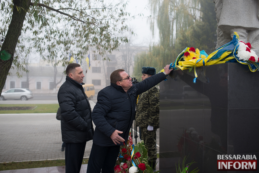 SME_3126 В Измаиле поздравили военнослужащих и почтили память  погибших воинов