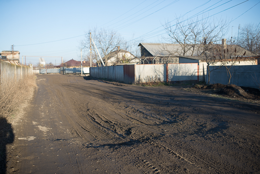 SME_6339 Измаил: фуры грязи не боятся (фото, видео)