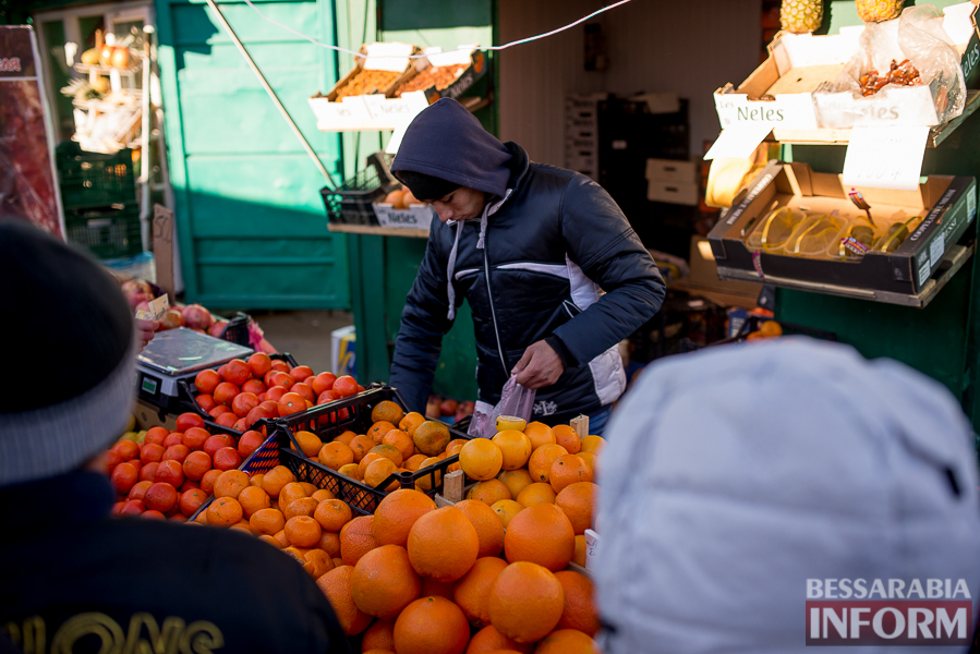 Предновогодняя лихорадка в Измаиле (фоторепортаж)