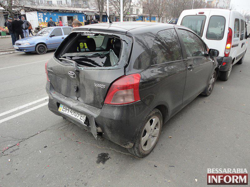"aQ-Re-H8S7k ДТП в Измаиле: ""паровозик"" на Росинке (ФОТО)"