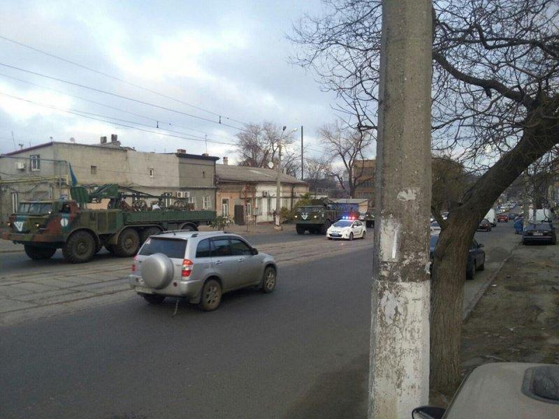 n31864_28525 Военная техника на улицах Одессы