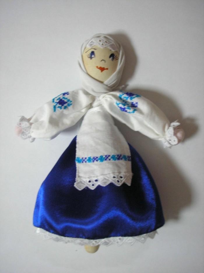 Куклы-мотанки главы Измаильской РГА представлены на выставке в Вашингтоне (фото)