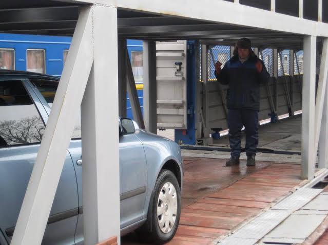 51a254d0-7577-4db4-a732-a9a868441342 Из Одессы начал ходить пассажирский вагон-автомобилевоз (фото)