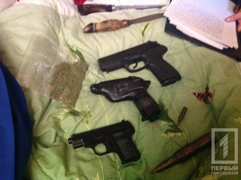 6-3 Измаилу в пример: в Аккермане задержали группировку цыган-наркоторговцев (фото)