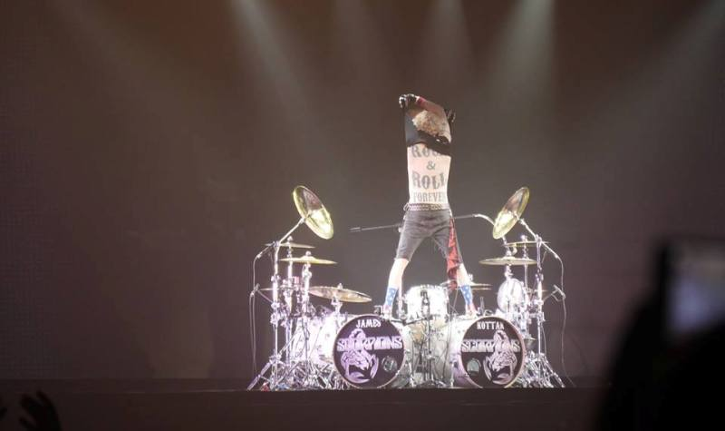 Измаильские портовики побывали на концерте «Scorpions»