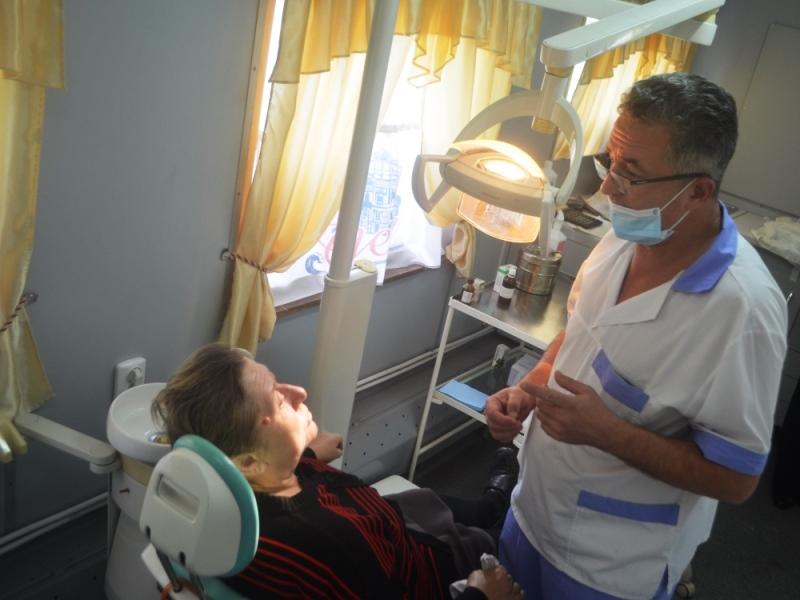 2015-10-22-stomatvagon-1 Стоматология на рельсах - в Аккерман прибыл стоматологический вагон (фото)