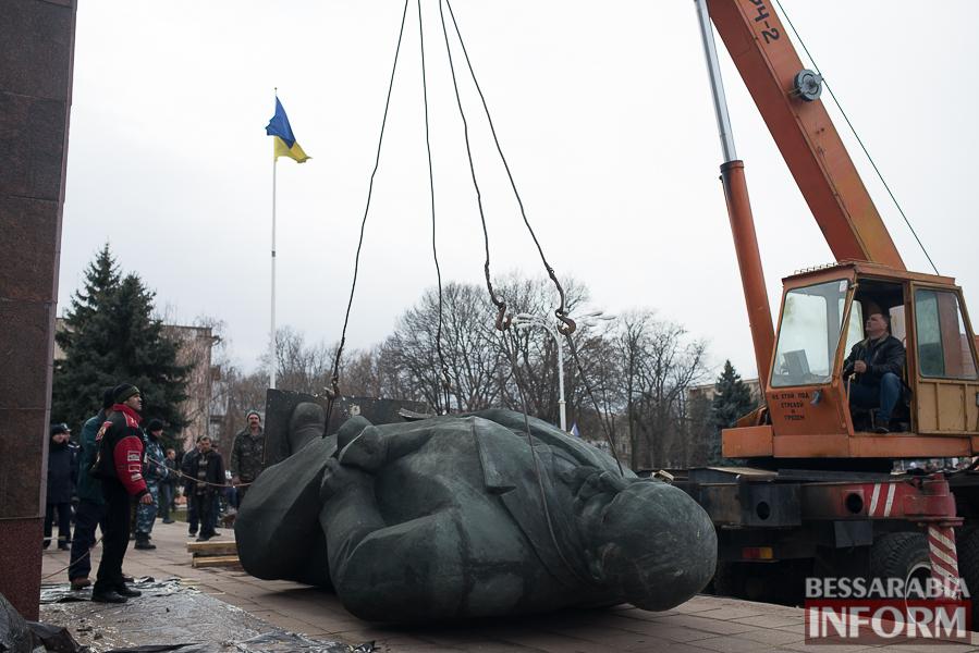 Измаил: прощание с Лениным - как это было (фоторепортаж)