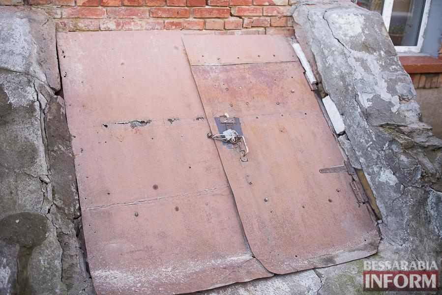 SME_8008 Измаил: аварийный дом в центре города может заживо похоронить двух пенсионеров