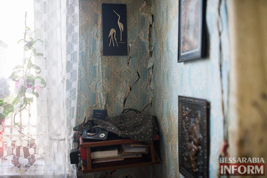Измаил: аварийный дом в центре города может заживо похоронить двух пенсионеров