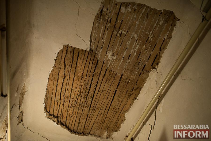 SME_8019 Измаил: аварийный дом в центре города может заживо похоронить двух пенсионеров