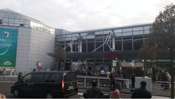 В Брюсселе взорвали аэропорт и станцию метро. Есть погибшие (фото)