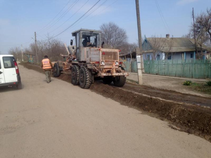 1909704_1065927840147372_7067746586422047261_n В Килии начались ремонтные работы на одной из самых разбитых улиц