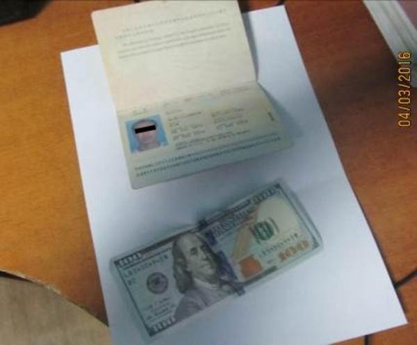 Граждане Китая и Молдовы пытались дать взятку измаильским пограничникам (фото)