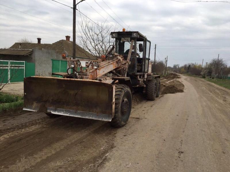 В Килии начались ремонтные работы на одной из самых разбитых улиц