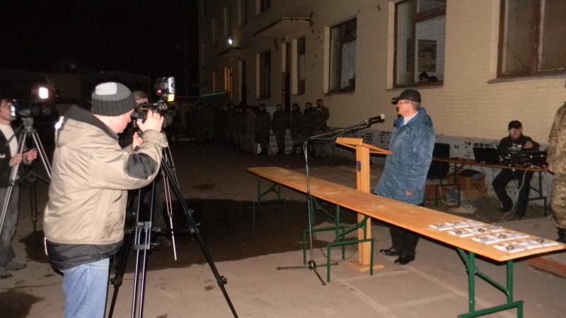Встреча бойцов АТО в Измаиле - слезы радости, объятья и теплый прием (фото)