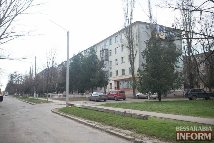 SME_1272 Измаил: по Клушина идет капитальный ремонт сетей наружного освещения (фото)