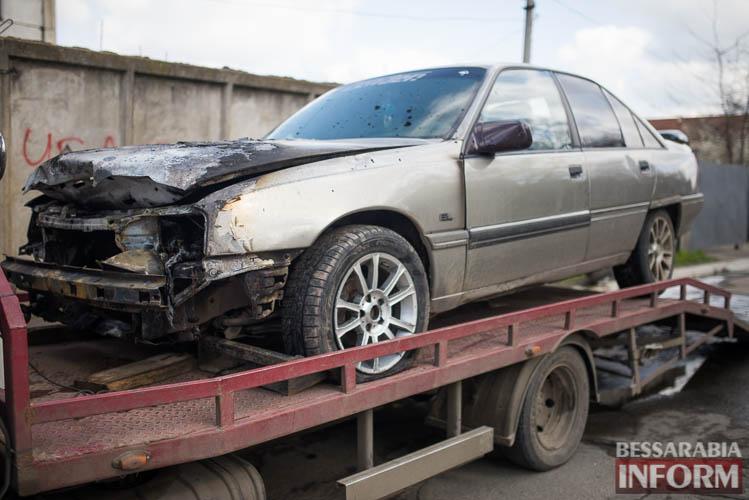 SME_2033 В Измаиле горел автомобиль (фото)