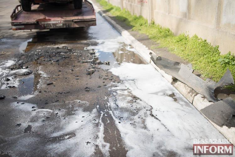 SME_2037 В Измаиле горел автомобиль (фото)