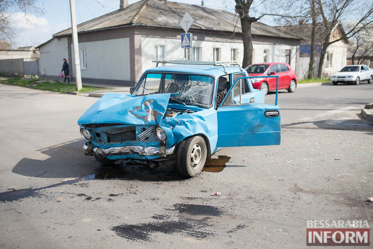 SME_8817 В Измаиле всплеск ДТП: на этот раз дорогу не поделили Suzuki и ВАЗ (фото)