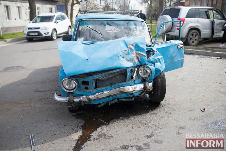 В Измаиле всплеск ДТП: на этот раз дорогу не поделили Suzuki и ВАЗ (фото)