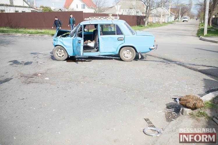 SME_8821 В Измаиле всплеск ДТП: на этот раз дорогу не поделили Suzuki и ВАЗ (фото)