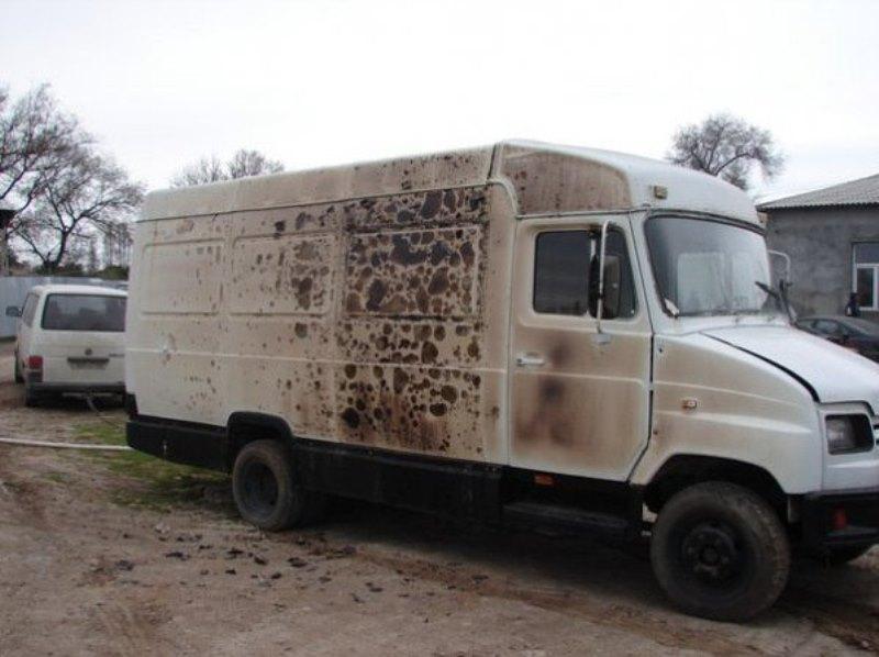 """В Измаиле сгорел """"домик на колесах"""" и легковой автомобиль  (фото)"""