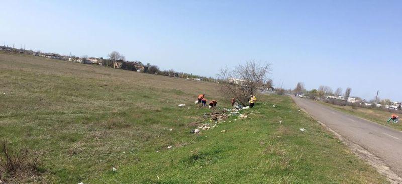 На въезде в Килию собрали тонны мусора