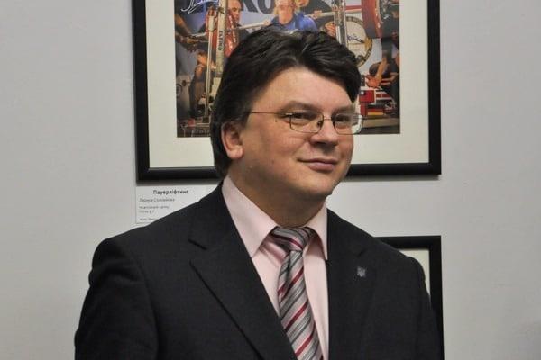 Кто есть кто в Кабмине Гройсмана: досье на новых министров