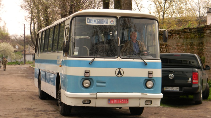 DSCN1839 Измаильскому пограничному отряду подарили автобус (фото)