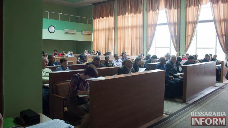 IMG_0120 Сессия Измаильского райсовета: РГА больше не сможет влиять на происходящее в Центре национальных культур