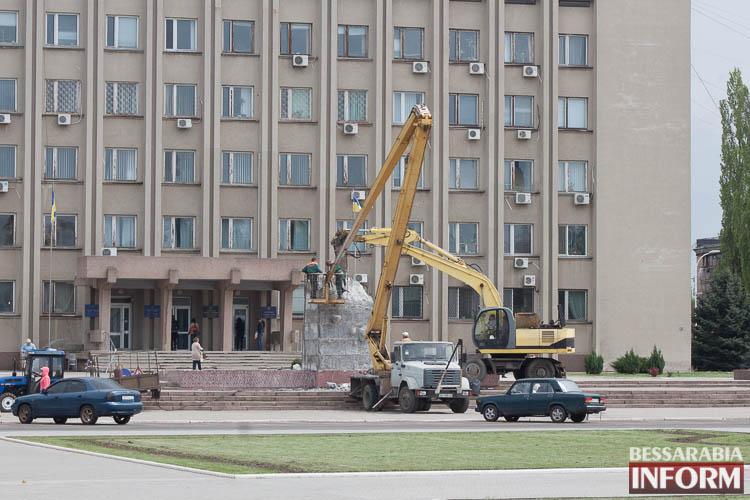 IMG_9521 Измаил: Ленин пал, но след его остался (фото)