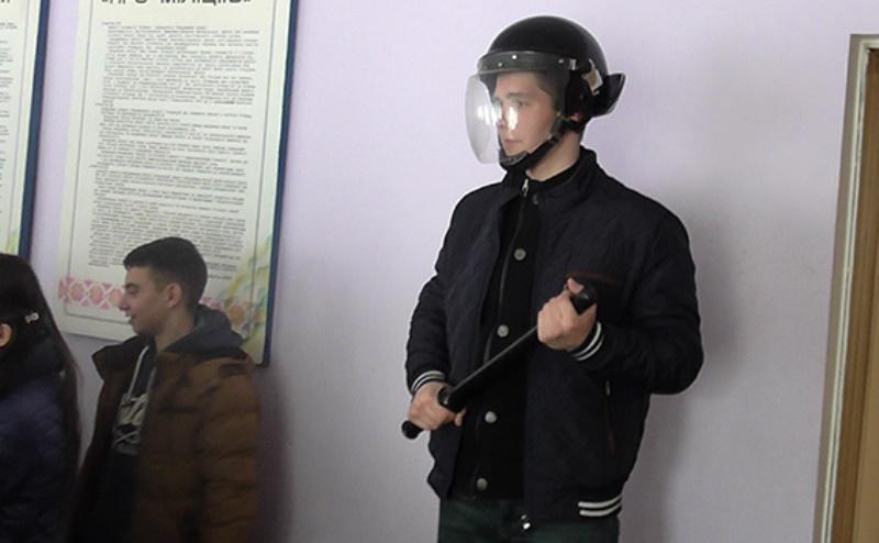 PM471image003 Белгород-Днестровский: школьникам провели экскурсию по отделению полиции (фото)