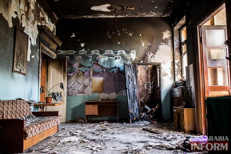 Чрезвычайное происшествие - в Измаиле ночью тушили пожар в здании горбольницы (фото)