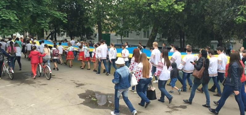 """13164325_1009112195811452_130644273237459421_n В Килии прошел фестиваль вышиванок """"Кольори України"""""""