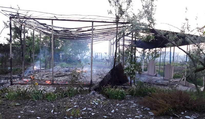 В Затоке горели сразу две базы отдыха (фото)