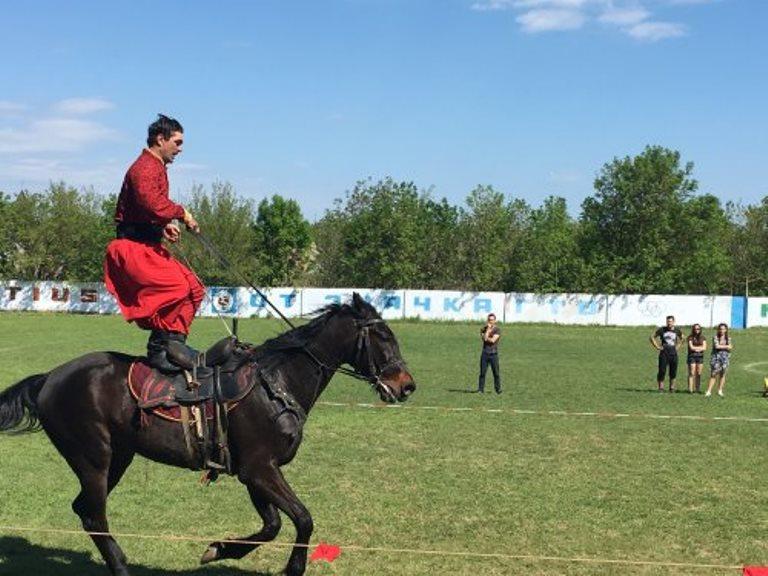 IMG_3880_500x375 В Арцизском районе прошел грандиозный спортивный праздник (ФОТО)
