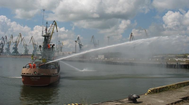 В Ренийском порту прошли очередные пожарно-тактические учения
