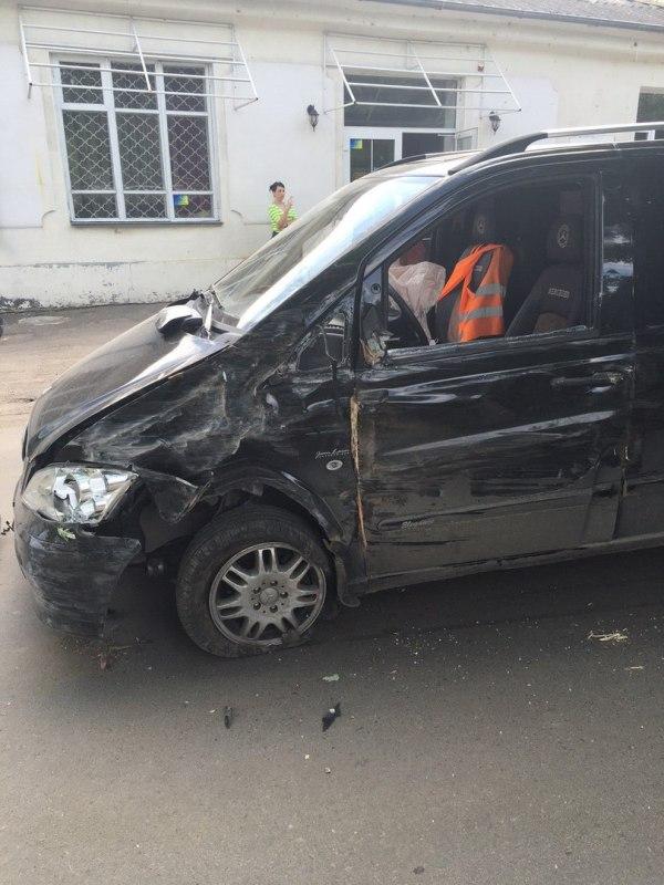 JUwgP8S9sx8 Измаил: в результате ДТП на Болградской пострадали два автомобиля