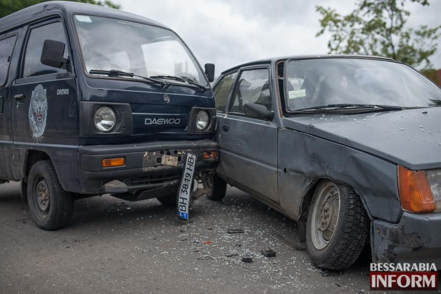 SME_4007 В Измаиле очередное ДТП из-за игнорирования знаков дорожного движения