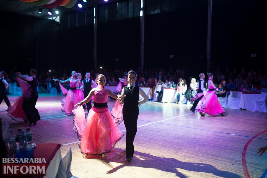 В Измаиле проходит первый в Бессарабии международный фестиваль по спортивным танцам (ФОТО)