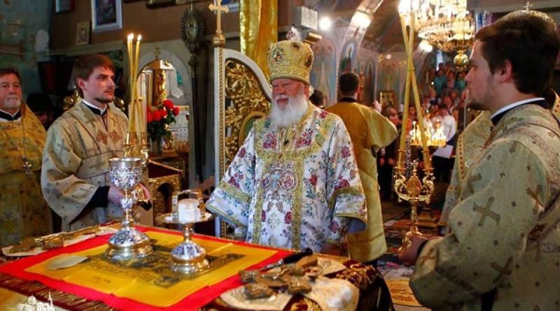 Митрополит Агафангел совершил Божественную литургию в Свято-Николаевском храме Килии