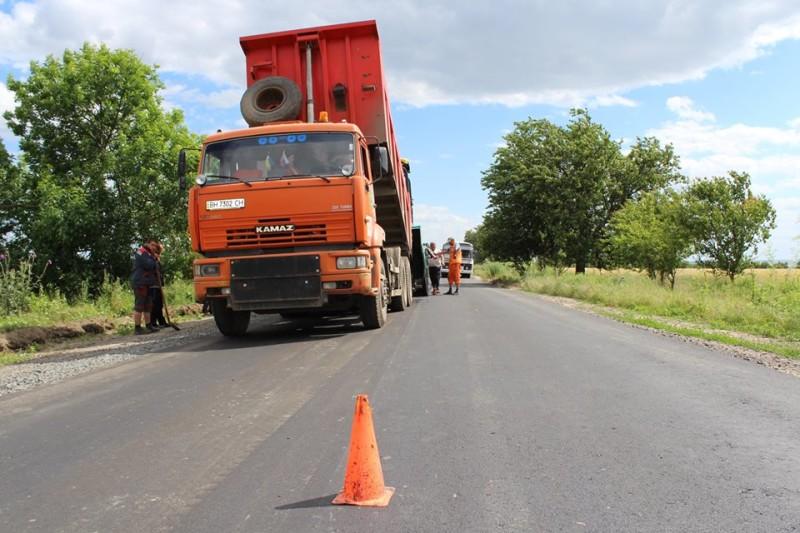 Продолжается капитальный ремонт участка дороги Измаил – Муравлевка (фото)
