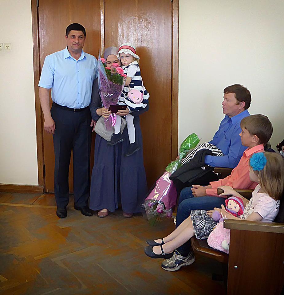 В Измаиле стало на три матери-героини больше