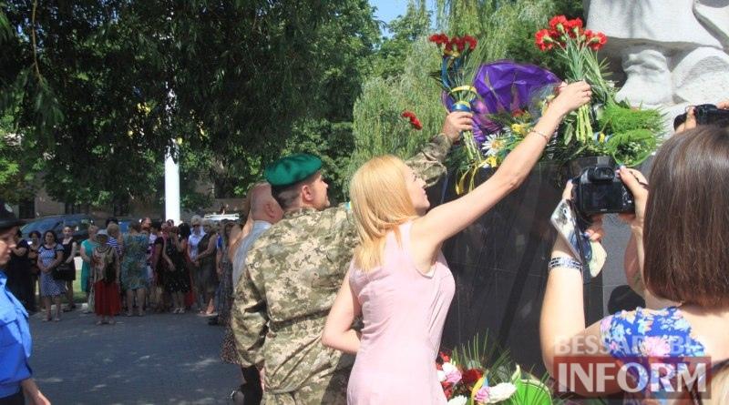 576a4cdfc52ce_V9ah3wZemjs Измаил скорбит - сегодня чествуют память жертв войны (фото)