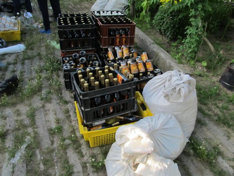 IMG_0014 Белгород-Днестровские пограничники накрыли подпольный цех по изготовлению контрафактного алкоголя (фото)