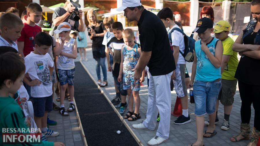 SME_5170 Возрождение мини-гольфа в Измаиле - на сей раз играли дети (ФОТО)