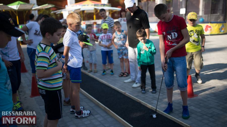 SME_5187 Возрождение мини-гольфа в Измаиле - на сей раз играли дети (ФОТО)